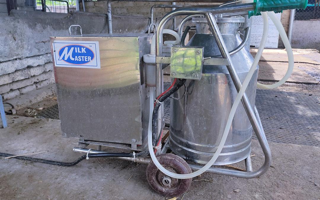 Solar milking machine
